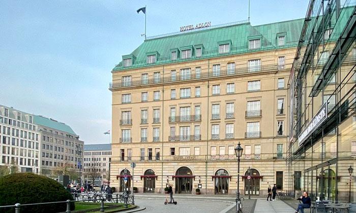 Отель «Adlon» (Берлин)