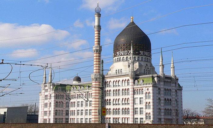 Здание Йенице в Дрездене