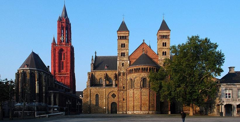 Базилика Святого Серватия в Маастрихте (Нидерланды)