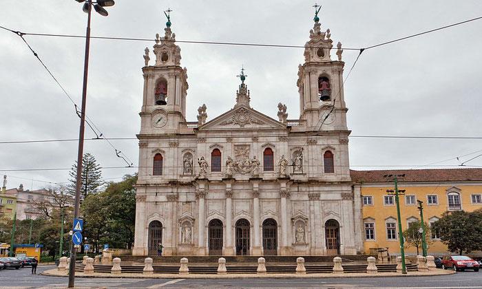 Базилика да-Эштрела в Лиссабоне