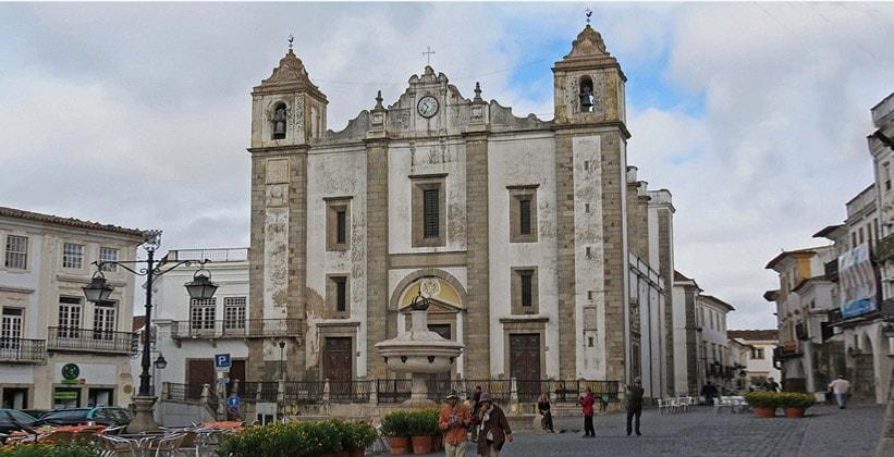 Церковь Святого Антонио в Эворе