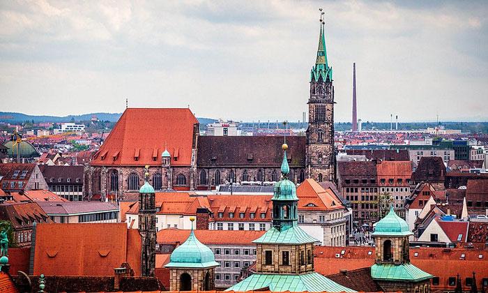 Церковь Святого Себальда в Нюрнберге