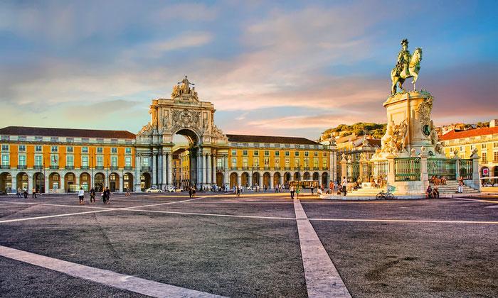 Дворцовая площадь (Лиссабон)