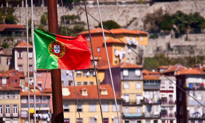 Флаг Португалии (Порту)