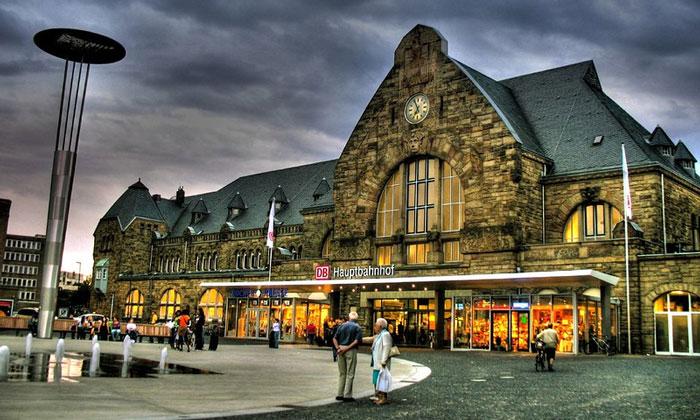 Железнодорожный вокзал Ахена