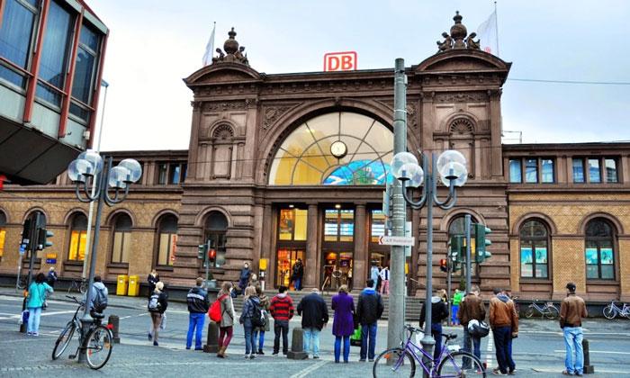 Железнодорожный вокзал Бонна