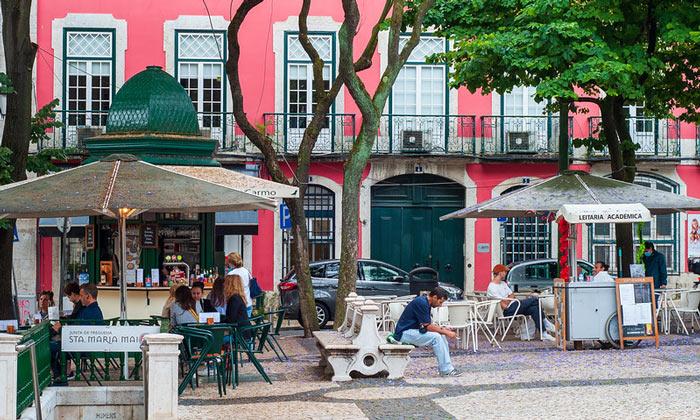 Уличные кафе Лиссабона