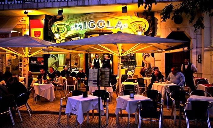 Кафе Nicola в Лиссабоне
