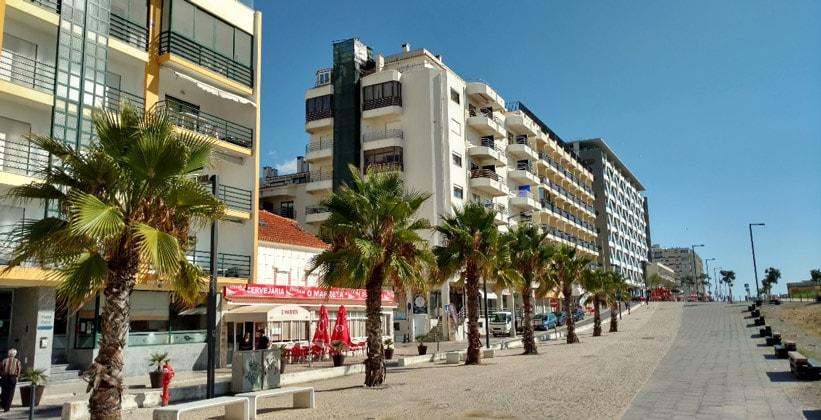 Курорт Капарика в Португалии