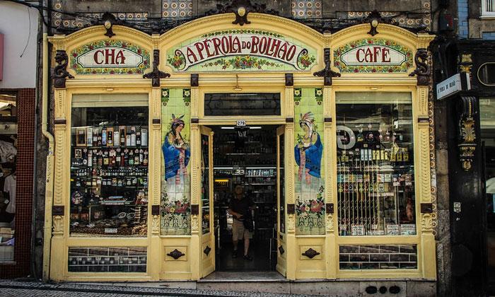 Магазин деликатесов «Bolhao» в Порту