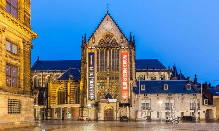 Новая церковь (Ньиве-Керк) в Амстердаме
