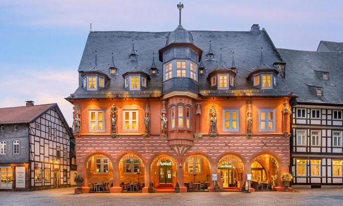 Отель Kaiserworth в Госларе