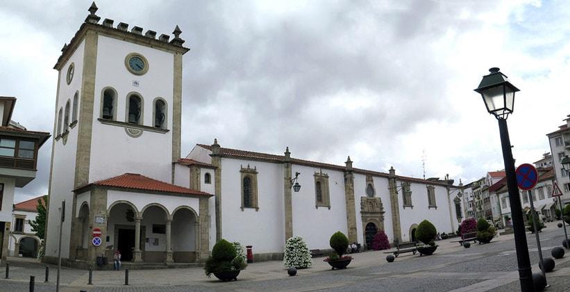 Старый город Браганса в Португалии