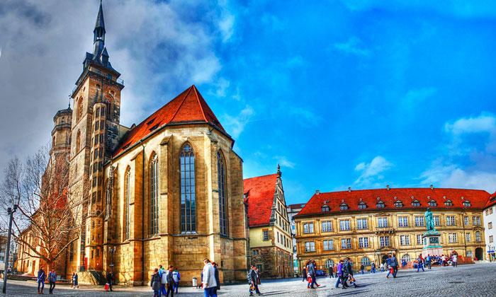 Евангелическая церковь (Stiftskirche) в Штутгарте