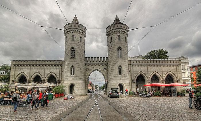 Науэнские ворота Потсдама