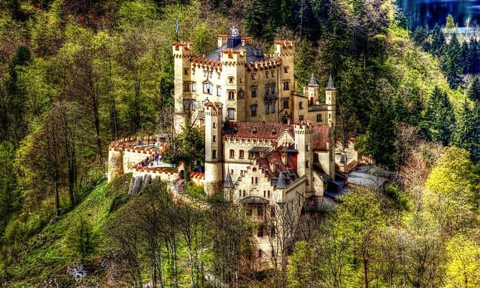 Замок Хоэншвангау в Фюссене
