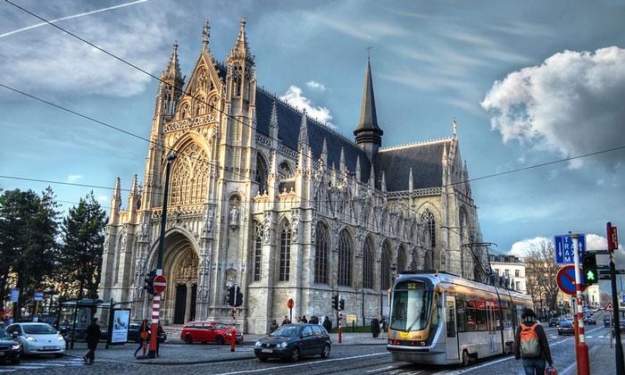 Церковь Нотр-Дам дю Саблон в Брюсселе