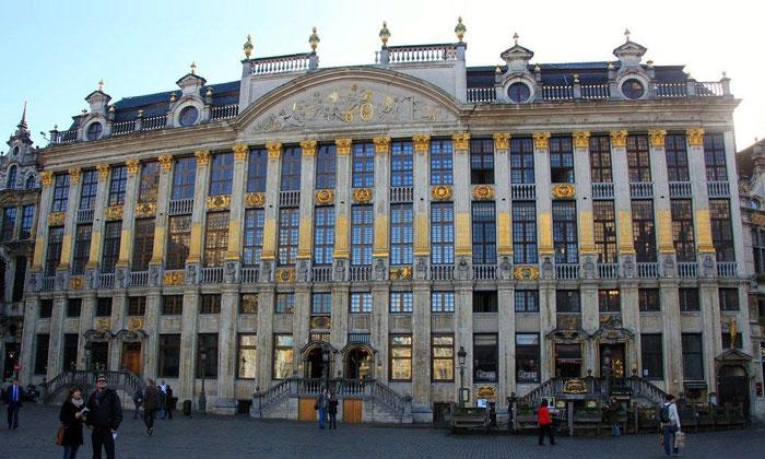 Отель Saint-Michel в Брюсселе