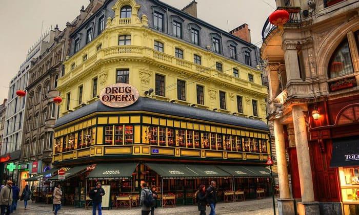 Ресторан Drug Opera в Брюсселе
