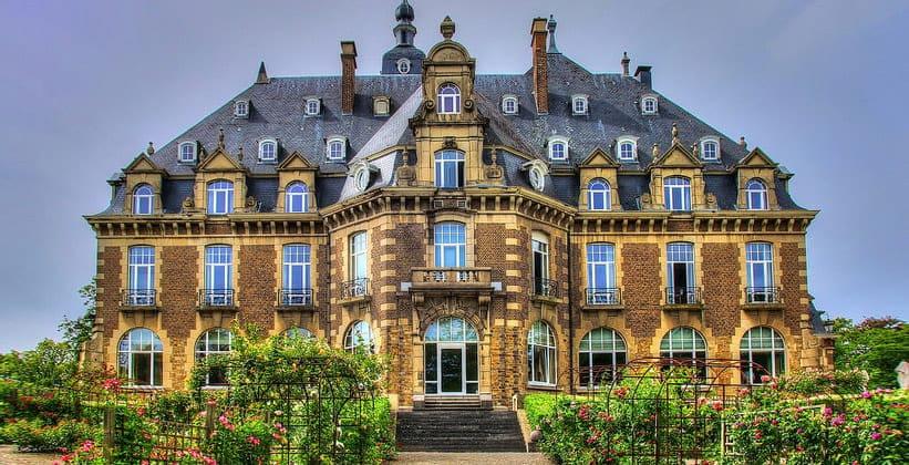 Замок (отель) Намюра в Бельгии