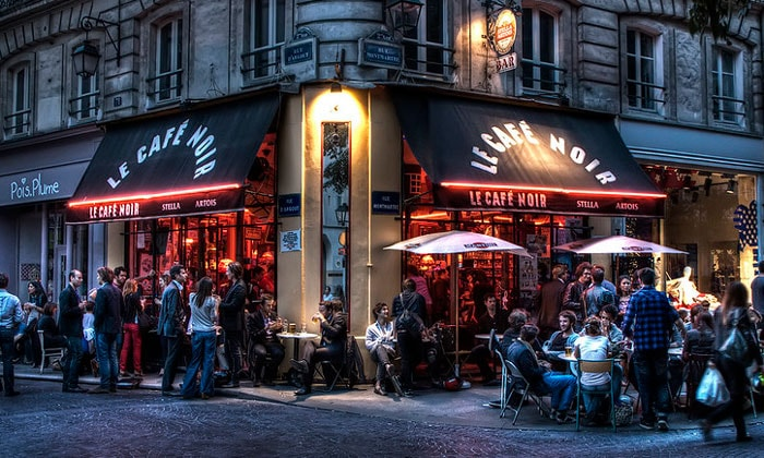 Кафе Le Noir в Париже