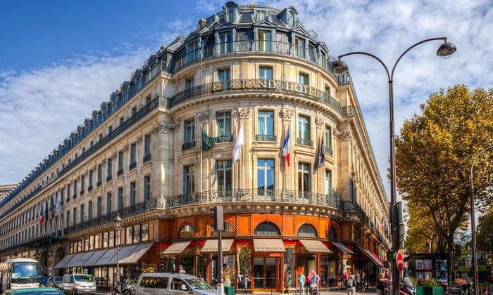 Отель Le Grand в Париже