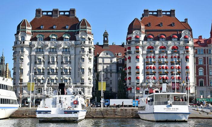 Отели Esplanade и Diplomat в Стокгольме