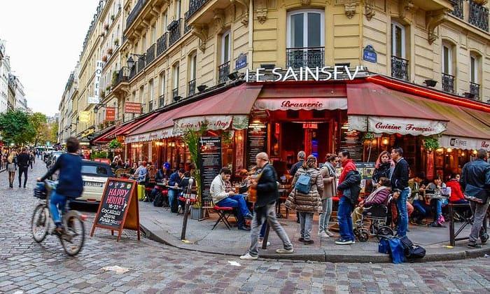 Ресторан Le Sainsev в Париже