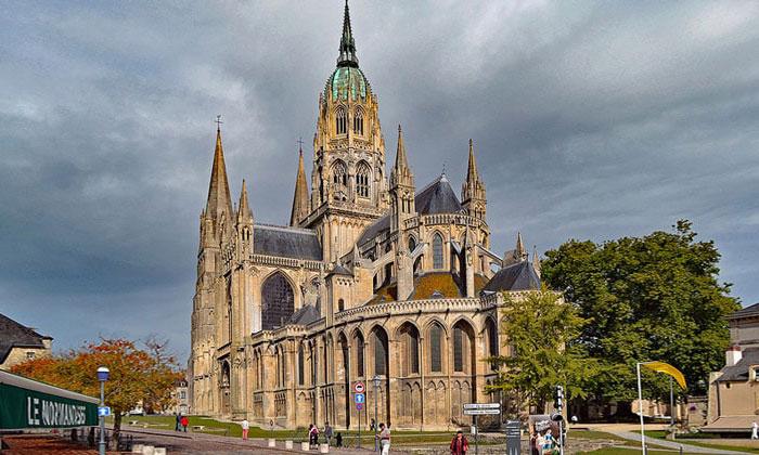 Кафедральный собор Байё