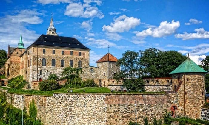 Замок в норвегии купить стабильные страны