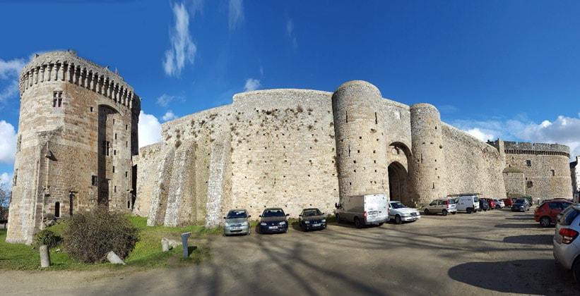 Замок Динан