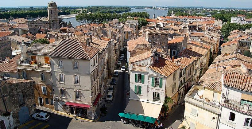 Город Арль во Франции