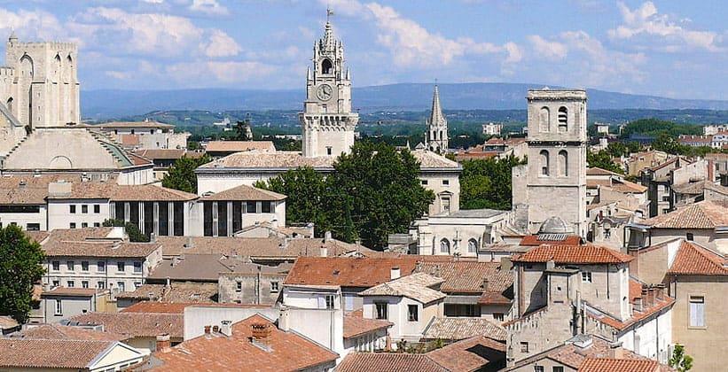 Город Авиньон во Франции