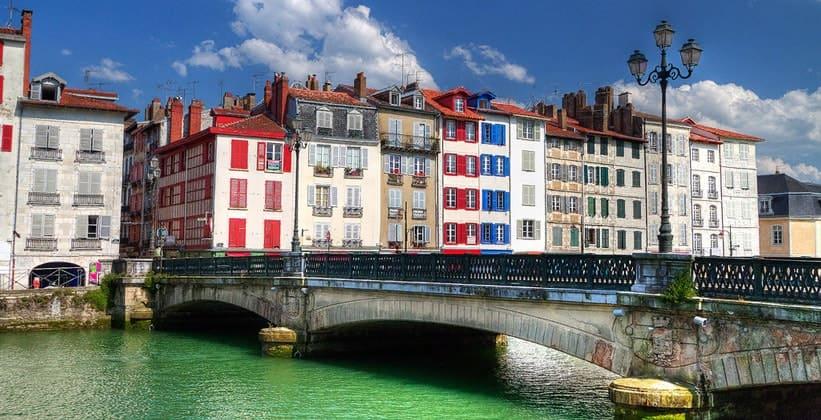 Город Байонна во Франции
