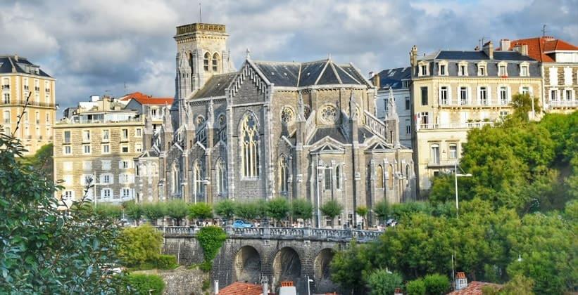 Город Биарриц во Франции