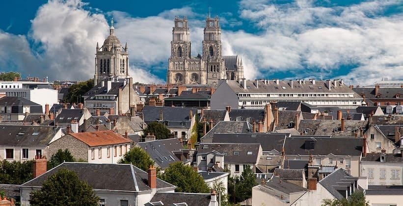 Город Орлеан во Франции