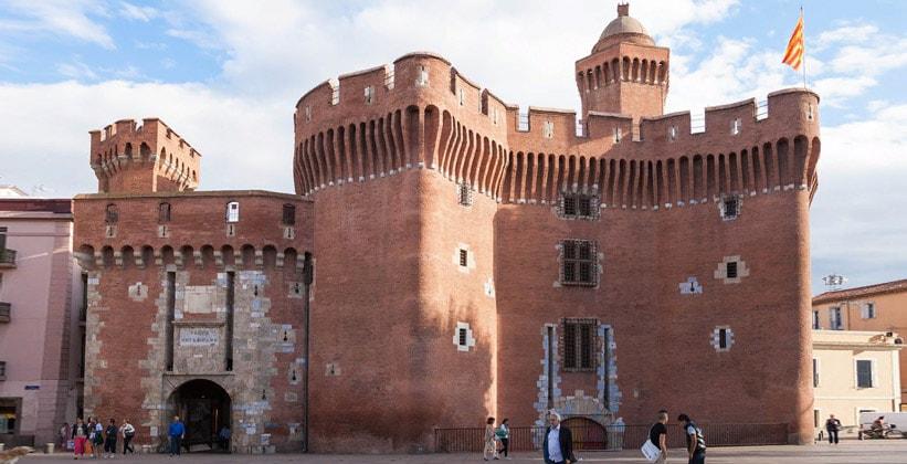 Крепость Эль-Кастелет в городе Перпиньян