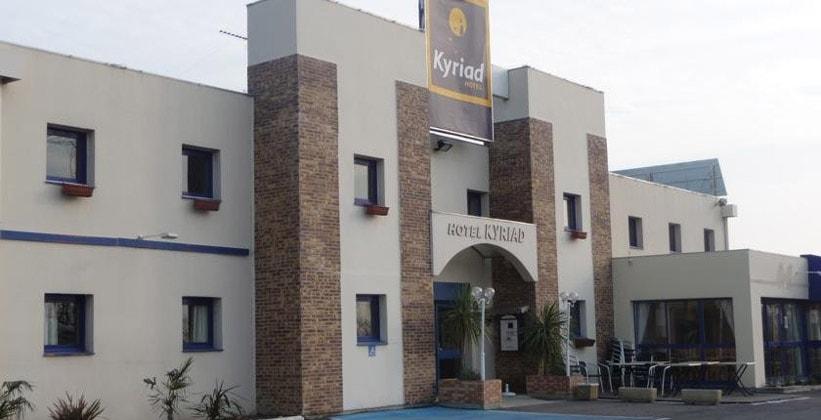 Отель Kyriad в городе Арль