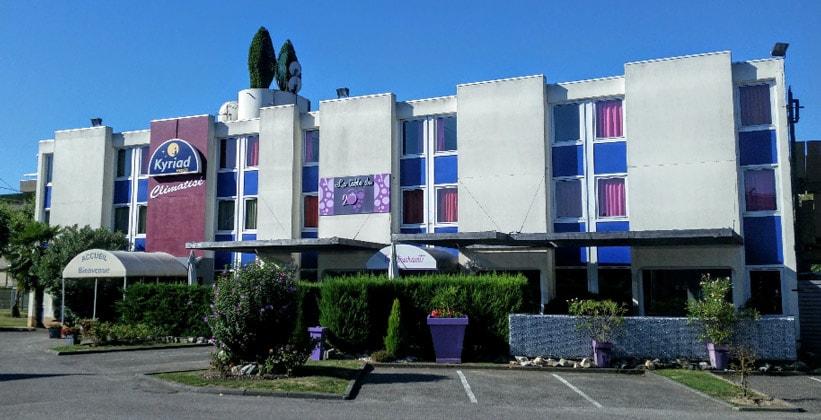 Отель Kyriad в Гренобле