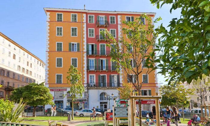 Отель Riviera в городе Бастия