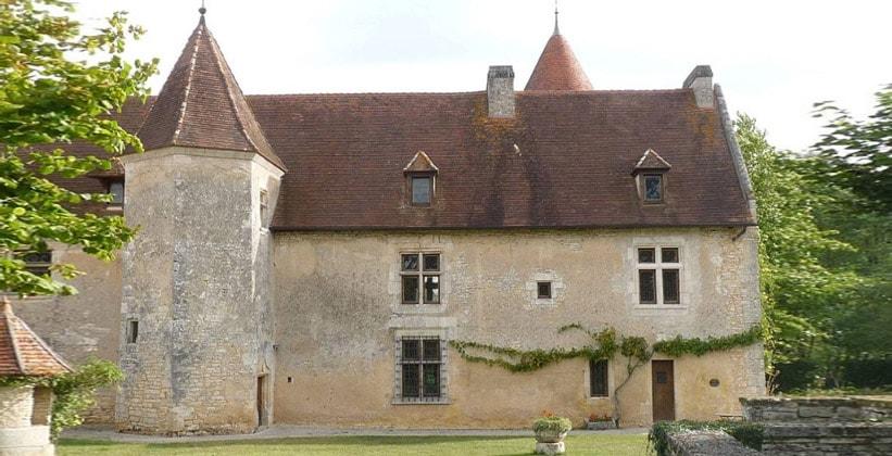 Замок Шенон во Франции