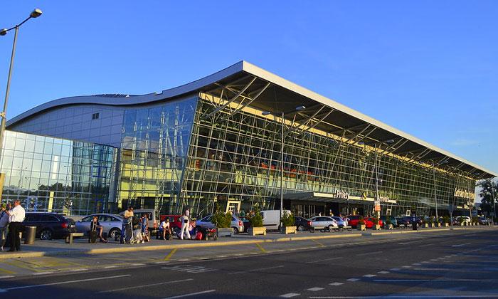 Аэропорт имени Штефаника в Братиславе