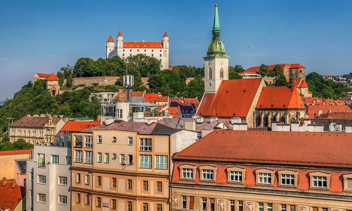 Дивная Братислава