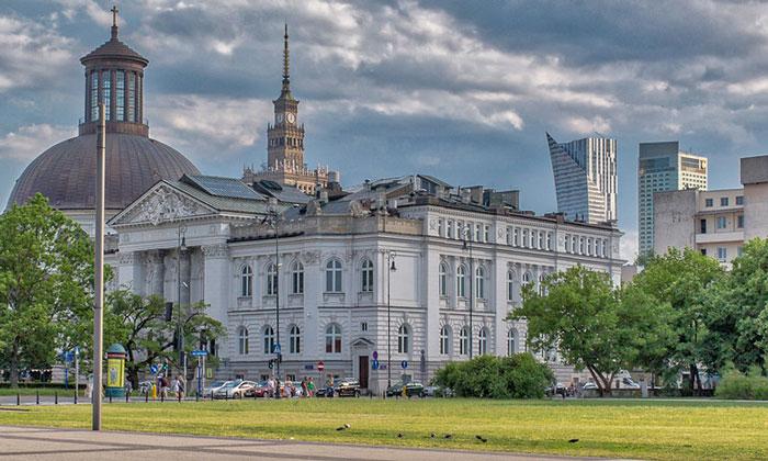 Национальная галерея искусств Захента в Варшаве