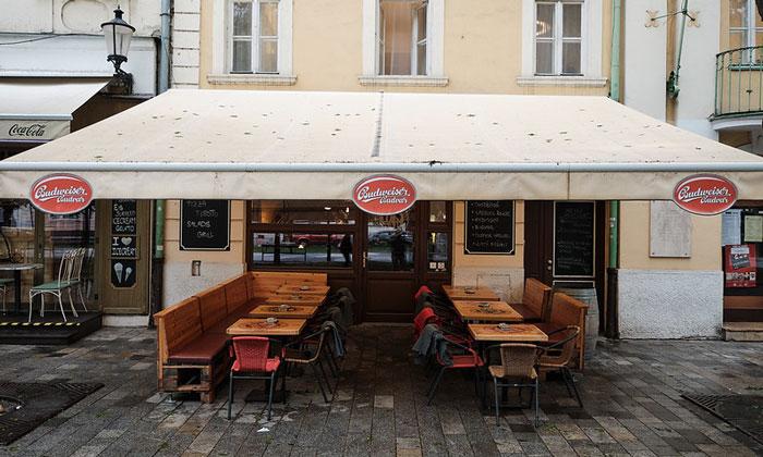 Кафе-бар Budweiser Budvar в Братиславе