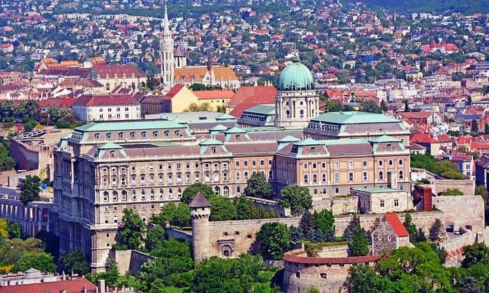 Королевский дворец (Будайская крепость) в Будапеште