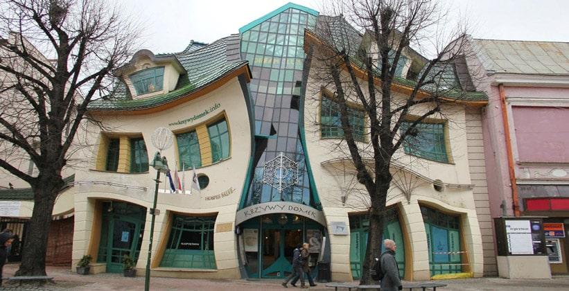 Кривой домик в городе Сопот