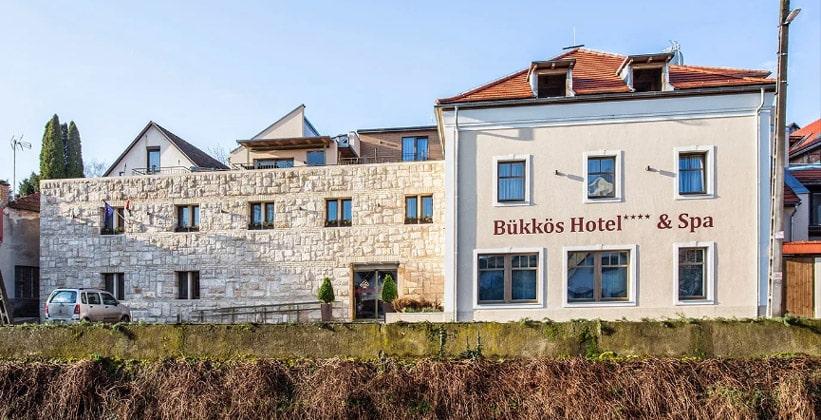 Отель Bukkos and Spa в Сентендре (Венгрия)