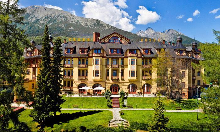 Отель «Grand» (Старый Смоковец)