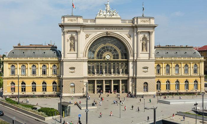 Железнодорожный вокзал Келети в Будапеште